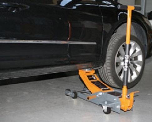 Sollevatore auto idraulico