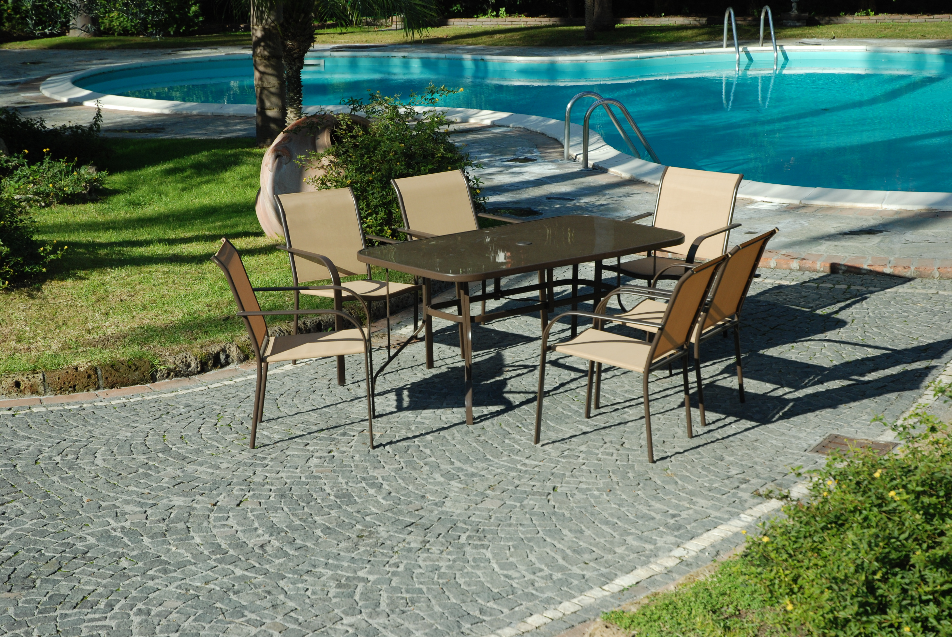 Set completo tavolo vetro 6 poltrone sedie da giardino - Poltrone da giardino ...